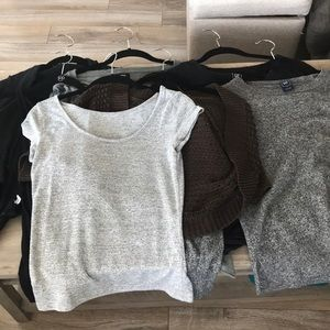 Lot of women's tops size s/m gap and express